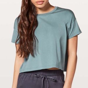 Lululemon | Cates Cropped Tee Shirt Green Small